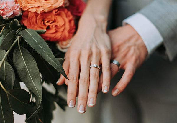 De 3 gouden tips voor het uitzoeken van jullie trouwringen